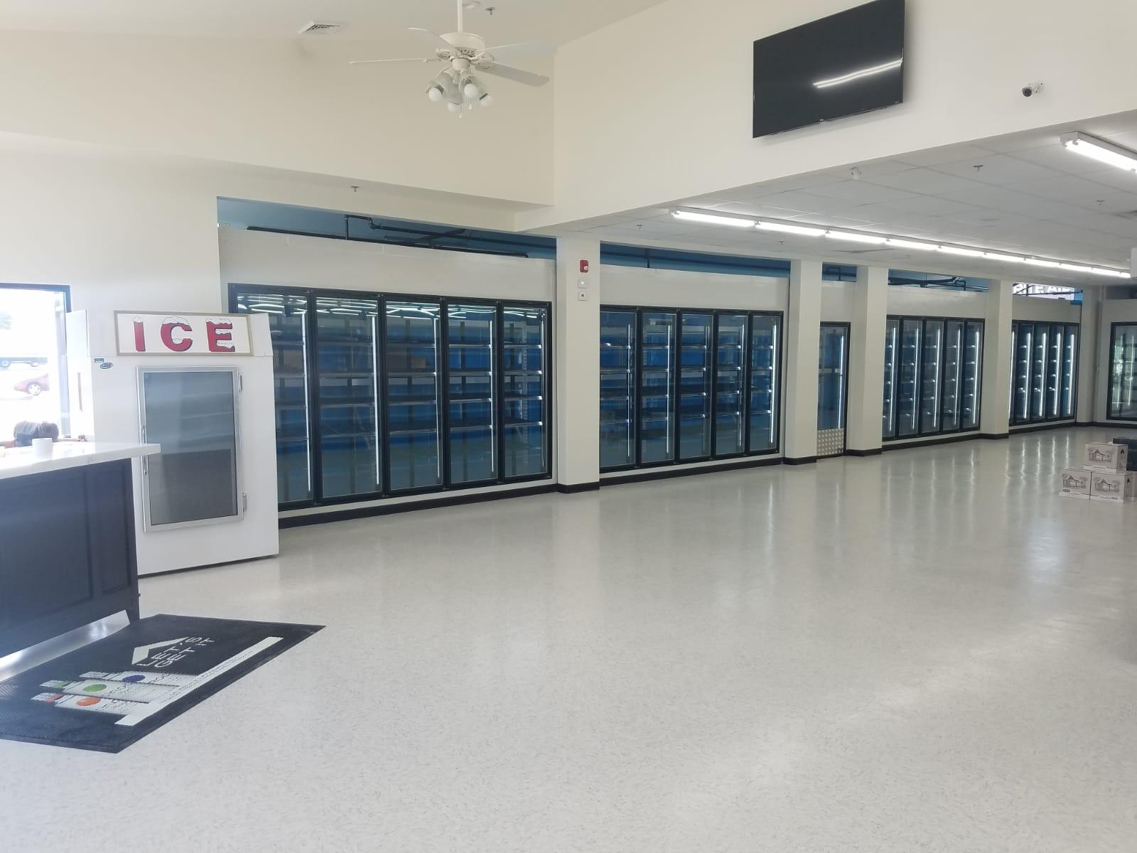 <p>Freezer glass door</p> - Industrial and comercial refrigeración equipment