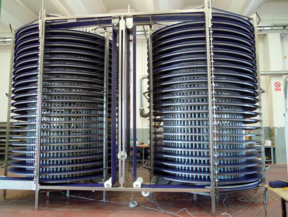 <p>Spiral tunnel for cooling or deep freezing</p> - Industrial and comercial refrigeración equipment