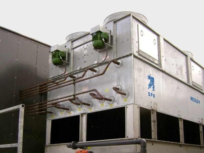 <p>Close Tower Recold MC</p> - Industrial and comercial refrigeración equipment